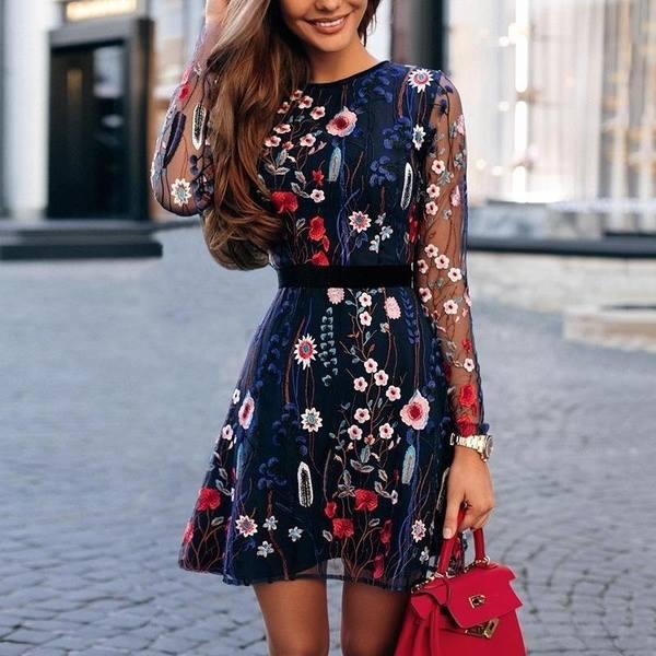 a141fab8b247 Luxusné aj spoločenské šaty